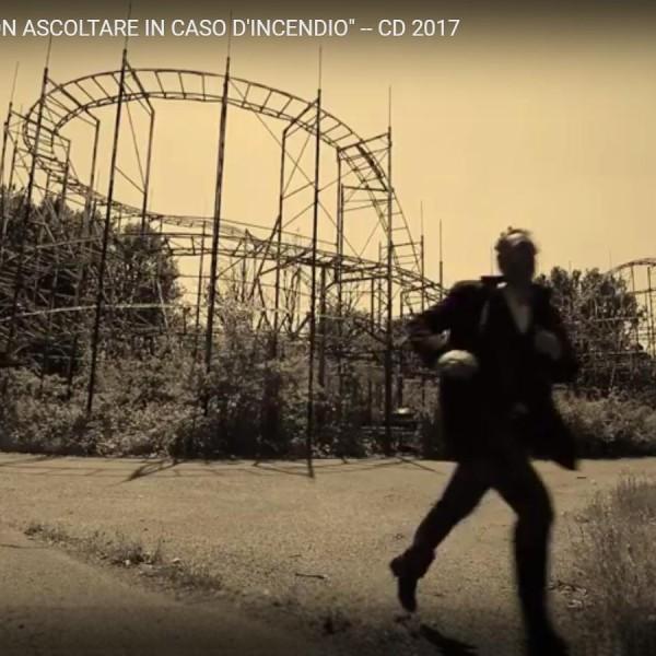 """Davide Buzzi – """"NON ASCOLTARE IN CASO D'INCENDIO"""" — Trailer ALBUM 2017"""